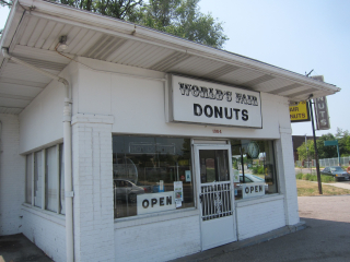 012-Worlds-Fair-Donuts-3