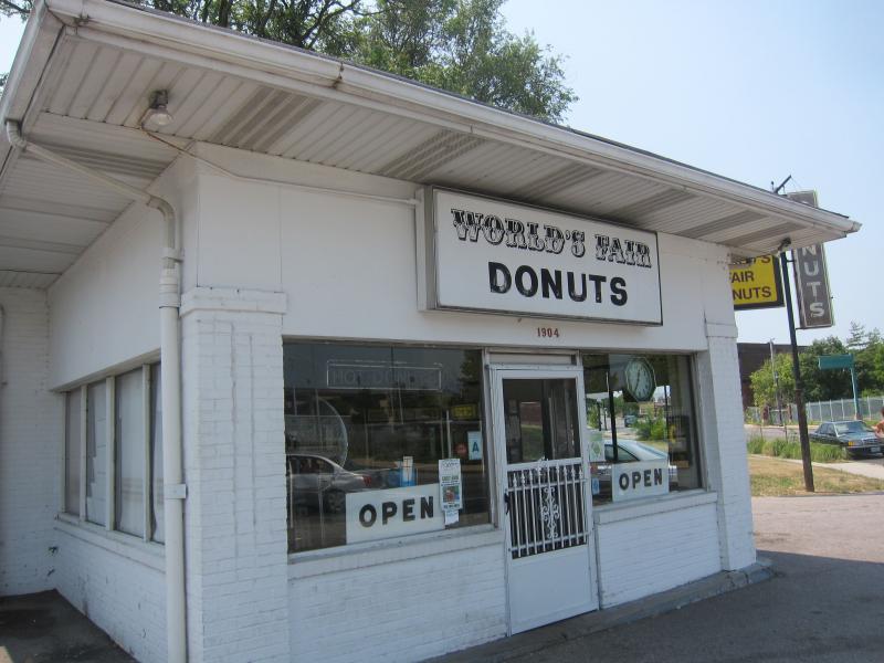012-Worlds-Fair-Donuts-3